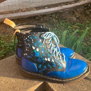 Dr marten blue splatter paint combat boots size 9 women's